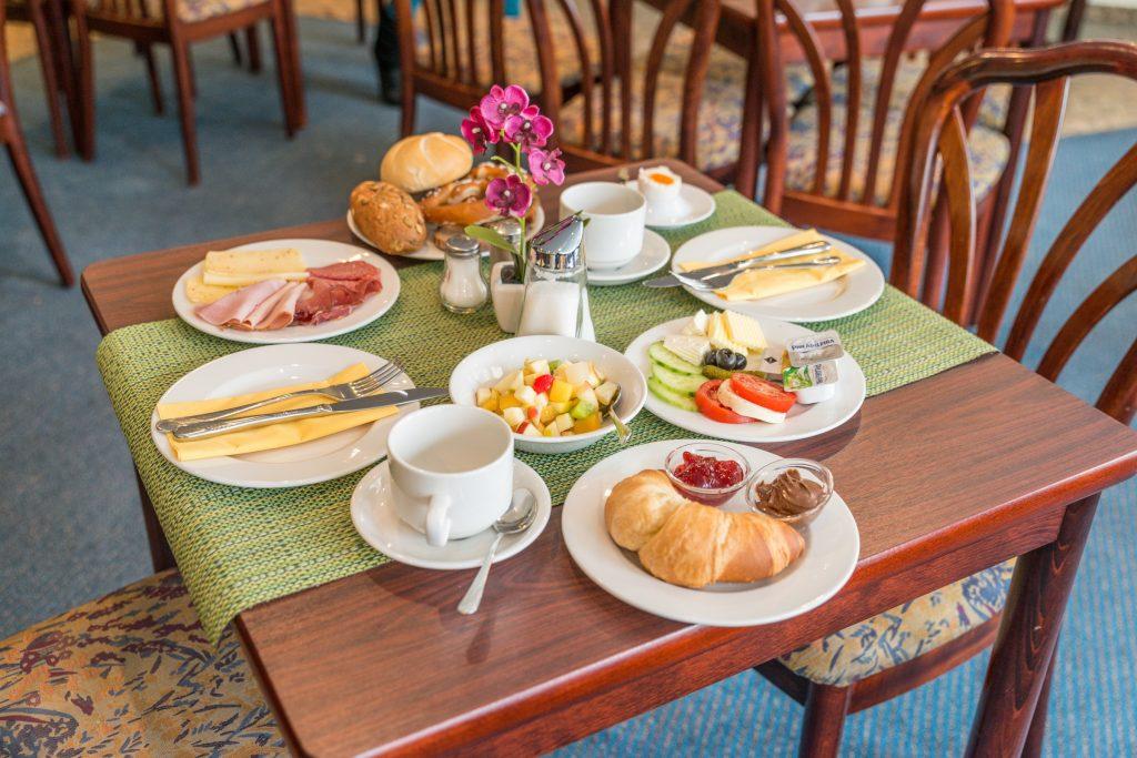 Hotel Rooms Fidelio Munich Center, Hotel Breakfast Room Furniture